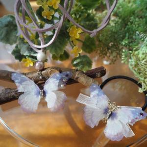 蝶モチーフのアクセサリー ~ペンダント&髪飾り~