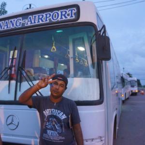 クラビ空港からはバスが便利です クラビ空港⇒アオナン