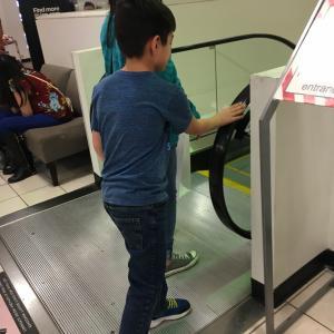 日本に行く為の息子の課題