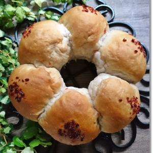 100均の苺パウダーと苺ダイスでリングパンと姫のパンチュッ(笑)