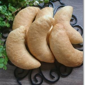 王子と姫に嫌な顔をされた太っちょオリーブのパン(笑)と2人が作った七夕飾り