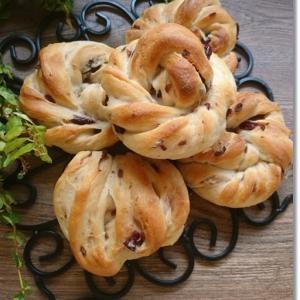 クランベリーのネジネジ丸パンは王子…作れず涙と姫のパワーアップとテレビ無し生活
