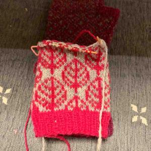 編み込みのミトン