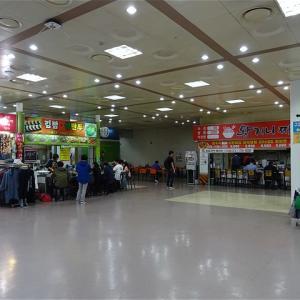 城南市 城南総合バスターミナルのキムパプ(のり巻き)