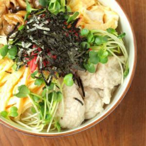奄美大島の名物料理【鶏飯】人気のおすすめレシピと歴史の紹介