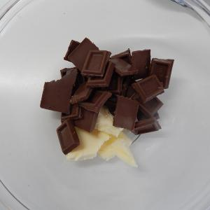 ココナツサブレを敷いたチョコレートケーキ その2