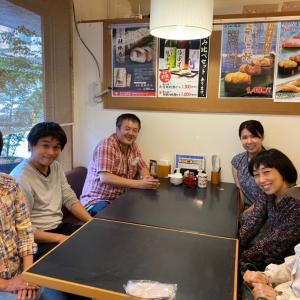 本日のお昼は患者さんと一緒に食事しました。