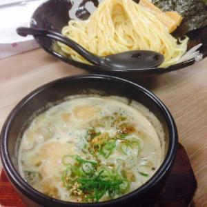 昨日の仕事終わりにつけ麺食べてきました。
