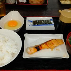 体調が良くなったので腹いっぱい朝ご飯を食べました