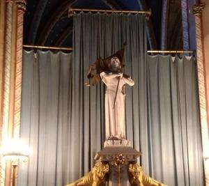 オルレアンの聖堂と足を痛めて得た大切な教訓について~続・ジャンヌを巡る旅・3日目~