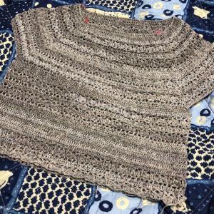 衿ぐりから編むサマーPO その3