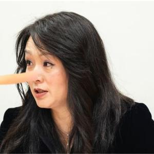 嘘をつくと何故鼻が伸びるのか