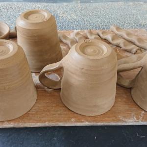 酒津焼陶芸教室。