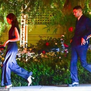 【高級レストランで正装してディナー!?】ケンダル・ジェンナーが噂のイケメンとディナーデート!Kendall Jenner on date night with Fai Khadra