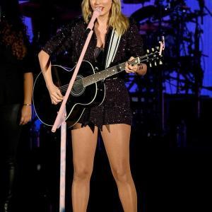 【またむっちりしてきた…!?】テイラー・スウィフトがミュージックフェスに登場!Taylor Swift at We Can Survive concert