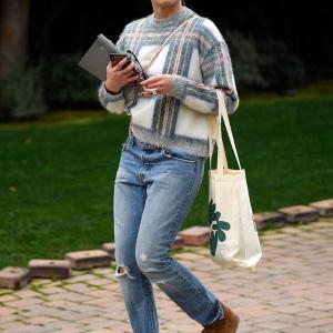 【おばあちゃんみたいになってる…!?】娘が生まれたばかりのキャメロン・ディアスがLAでお出かけ!Cameron Diaz is spotted in LA