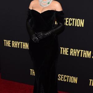 【顔も身体もパンパン…!?】産後5ヶ月のブレイク・ライブリーが映画「The Rhythm Section」のプレミアに登場!Blake Lively leads Rhythm Section premiere