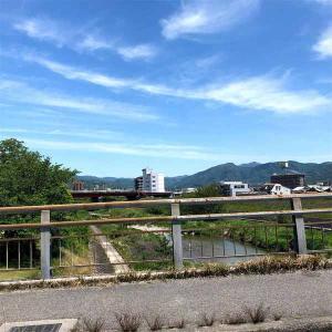 連休明け初日にしては静かな松山でした。