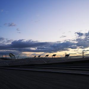 ベイエリアで朝陽を撮影