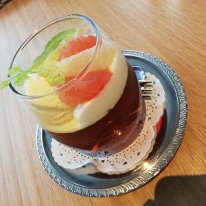カフェ花水木にてスイーツ〜茨城県庁展望台