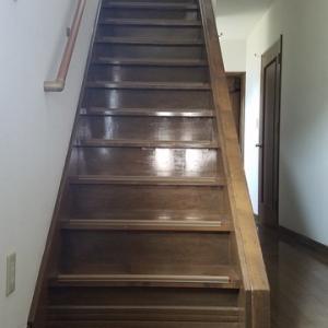 階段のプチリフォーム 水曜大工