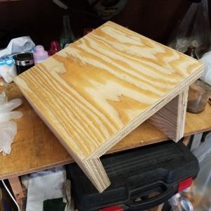 水曜大工 サイドテーブルを作る