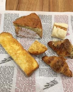 500円のパン食べ放題  ラ タヴォラ ディ オーヴェルニュ