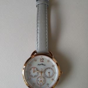 腕時計がチクチクする?