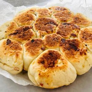 フライパンでちぎりパン&ヤンニョムチキン☆