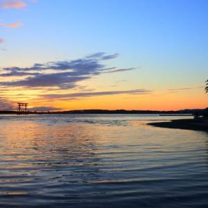 特別な夕陽を見て、名物料理を食す!五感を満たす旅❤︎