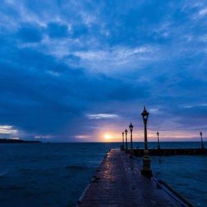 今日のマヤ暦「独自の道を開きましょう」KIN63 青い夜・赤い空歩く人・音11 & 来週のポイント