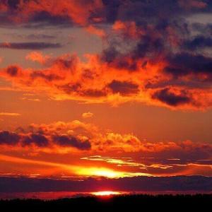 今日のマヤ暦「感動を大切にしましょう」KIN97 赤い地球・黄色い人・音6