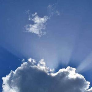 今日のマヤ暦「時間を忘れて熱中しましょう」KIN39 青い嵐・青い手・音13