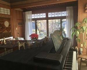 ピアノを移動して「3密」回避!(*^-^*)
