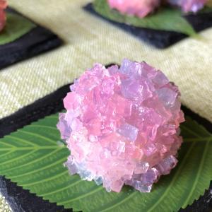 紫陽花の和菓子を作ってみました。