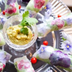 お花の生春巻作りました。