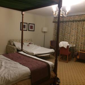 ゴーストホテル