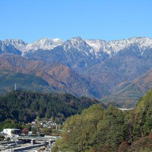 山河遠望の秋   木曽山脈 伊那側より
