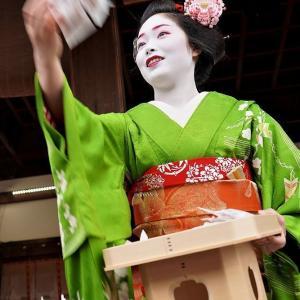 八坂神社さんの節分  京都の友よりの写真と文   二月五日