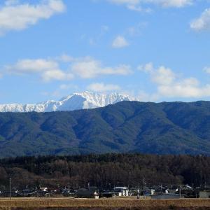 甲斐駒から南へ   仙丈岳