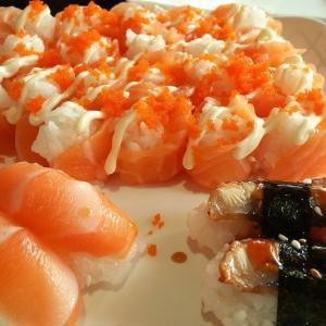 娘とお出かけ。 またもやお寿司の食べ放題レストランに行くことに。。