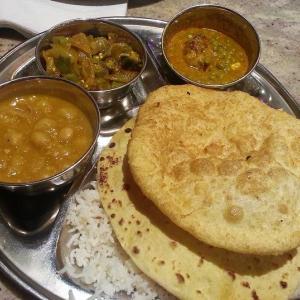 Thali 料理を食べてきた。 ベジタリアン インディアンレストラン