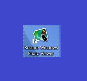 フォトのアプリが使いにくいので、Restore Windows Photo Viewerをインストールした。
