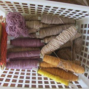 タイの手紬糸まだまだ使っています