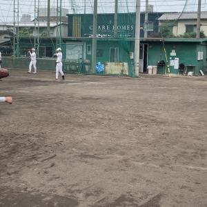 打球軌道とグラブの出しのタイミング