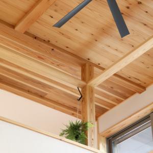厚木市妻田の家☆「木の物干しバー」竣工写真から
