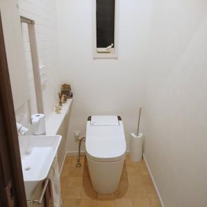 家づくり こうすればよかったポイント㉓ 〜2階のトイレの壁紙〜