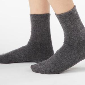 【100均】靴下選びの失敗。使える2つのポイントで買い替え!