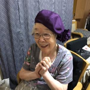 おばあちゃんのベレー帽