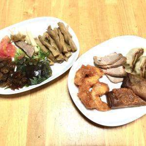 中華料理、チヂミ、茄子としめじの炒め物